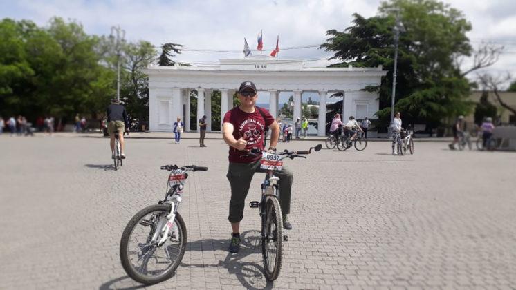 Росгвардейцы приняли участие в тематическом велопробеге в Севастополе