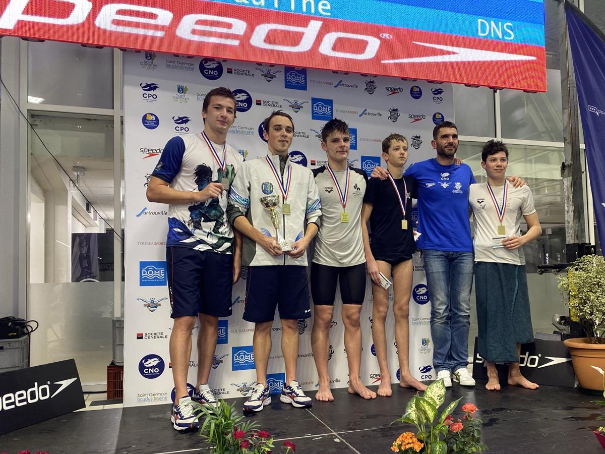 Военнослужащий спортроты ЦСКА стал победителем международного турнира «St-Germain Boucles De Seine» по плаванию