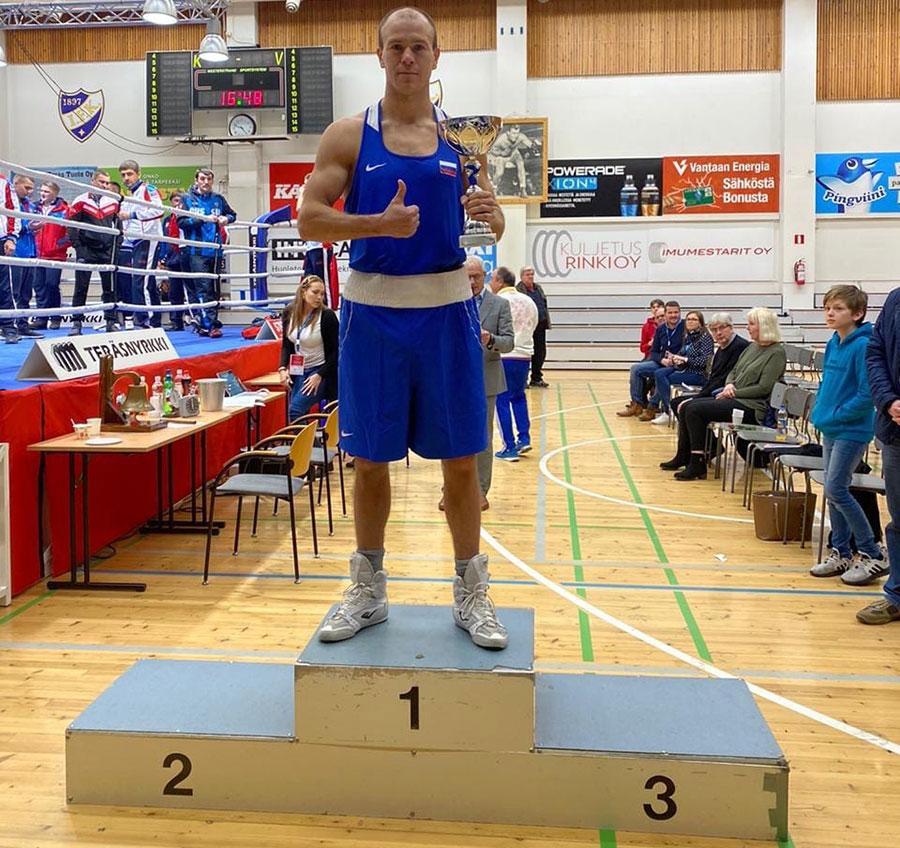 Максим Коптяков завоевал «золото» 39-го Международного турнира по боксу Gee Bee