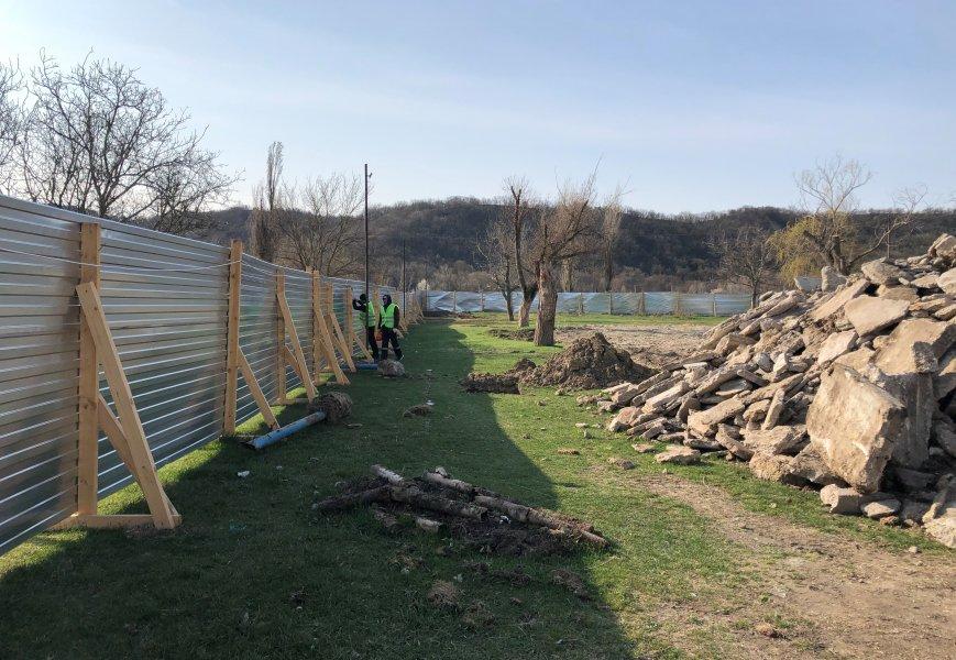 В селе Верхнесадовое началось строительство физкультурно-оздоровительного комплекса