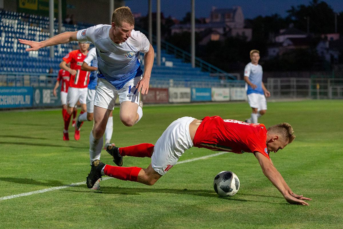«Крымтеплица» в первом полуфинальном матче Кубка минимально побеждает в Севастополе